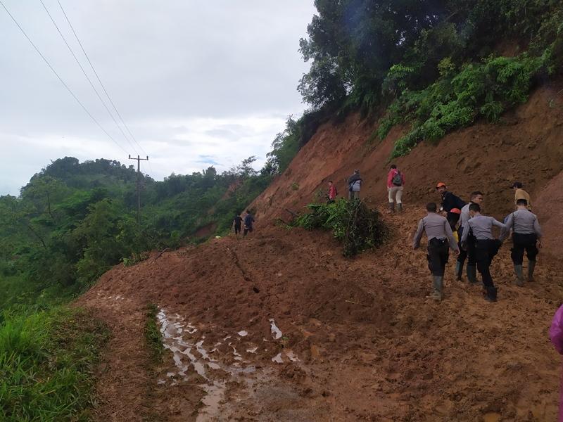 505 Rumah di Kabupaten Bogor Rusak Dihantam Longsor