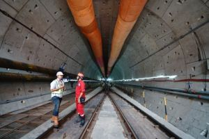 Hore! Progres Pembangunan Kereta Cepat Jakarta-Bandung Capai 74%