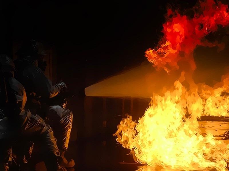 1 Orang Tewas Akibat Kebakaran Home Industry di Bandung