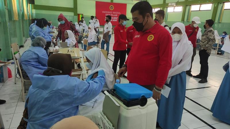 Guru di Kota Bekasi Wajib Divaksinasi <i>Booster</i>